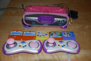 console v tech smile 2 manettes et 5 jeux