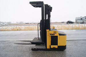 CHARIOT ELEVATEUR,FORKLIFT,SIDESHIFT,YALE OSO030