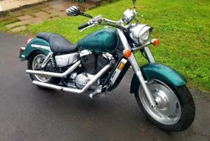 2001 1100 Shadow for sale