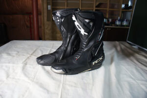 TCX S-Race motorcycle boots