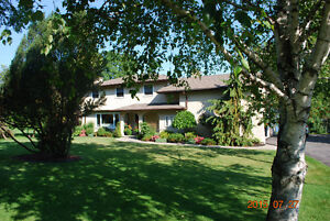 Furnished Bay of Quinte Waterfront Home: Available January-June