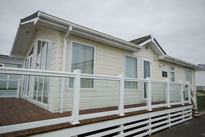 LODGE MOBILE HOME FOR SALE OFF SITE WINTERISED <<< LOOK | in Ringwood,  Hampshire | Gumtree