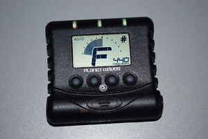 Planet Waves Guitar Tuner for Electric, Acoustic, Bass Guitars Cambridge Kitchener Area image 1