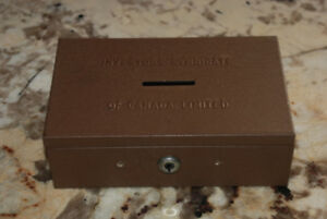 "VINTAGE ""INVESTORS SYNDICATE OF CANADA LIMITED"" METAL BANK W/KEY"