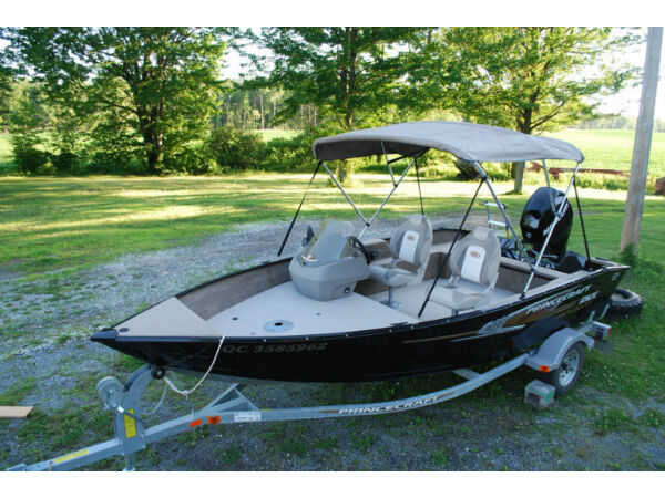 Princecraft holiday dlx sc for sale canada for Housse pour chaloupe