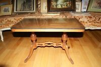 Beautiful antique Duncan Phyfe coffee table
