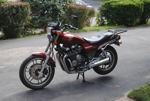 Trade excellent condition 1983 Nighthawk 650