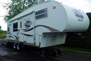 Fifth wheel 28 pi. 2007 Cooper Canyon ***possibilité +Ford F 250