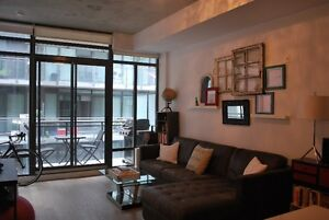 Leslieville condo for rent - Broadview and Queen