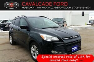 2014 Ford Escape SE 4WD roof, nav, heated front seats!!