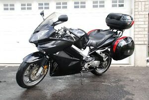 GIVI Saddle bags, Trunk/ luggage+mounting hardware for 2006 VFR