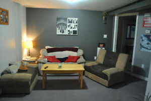 Bright 1 bedroom flat West End Hfx bungalow $850 avail Oct 1