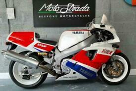 Yamaha FZR750R OWO1
