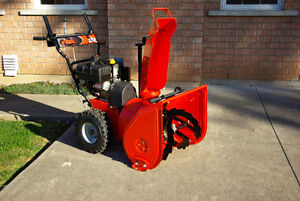 """ARIENS -SNOW BLOWER Tecumseh 8Hp. 24"""" INCH TWO STAGE"""