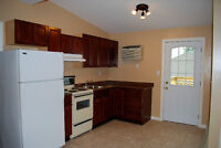 2-Bedroom Upper. Ingersoll. Laundry Parking Deck Renovated $875+