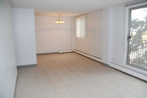 Large 2 Bedroom in Windsor Park - Across from Chinook Mall