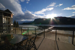 3 Bedroom WATERFRONT Condo For Sale, Sicamous, BC