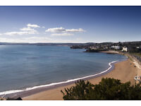 2 beds with stunning sea views over Bay