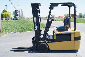 FORKLIFT,CHARIOT ELEVATEUR,ELECT,3ROUES,S/S MITSUBISHI FB20KT