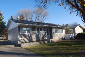 Updated 5 Bed Bungalow with 2 Bed Basement Suite in Normanview