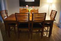 Table de salle à manger en bois d'Acacia massif + 6 chaises