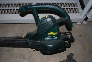 Yardworks Electric Leaf blower