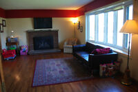 4 BEDROOM 2.5 BATH HOUSE IN ORLEANS. GREAT FAMILY HOME