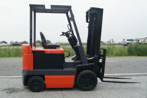 FORKLIFT,CHARIOT ELEVATEUR,TOYOTA 5  cushion electric