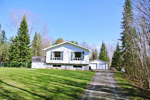OPEN HOUSE Saturday May 28 10-11:30AM 1456 Pinecreek Rd. S.