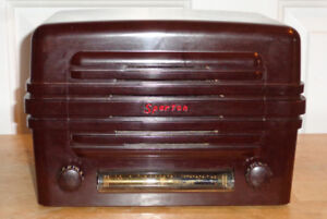 Sparton Model 5048 Table Top Radio