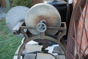 CLEVELAND STONE CO ANTIQUE WET GRIND& SHARPENING WHEEL CAST IRON