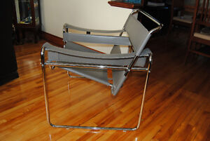 Chaise Wassily designer chair B3 Marcel Breuer Cuir leather Québec City Québec image 3