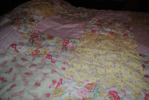 Brand New Mary Jane King Comforter set & Accessories