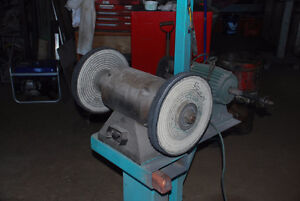 Buffer/grinder with stand