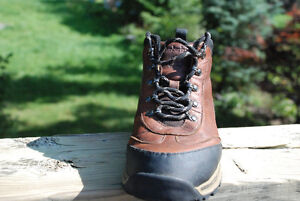 Used Timberland Hiking Boots - youth/ kid 4.0