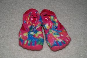 water shoes size 10, 11 girl