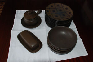 Brown Dishes