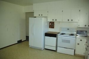 Furnished house for rent Moose Jaw Regina Area image 3
