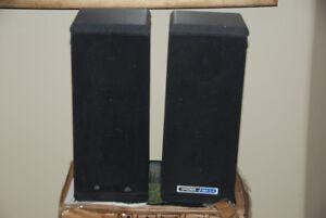 Koss DynaMite M85 plus Vintage speakers
