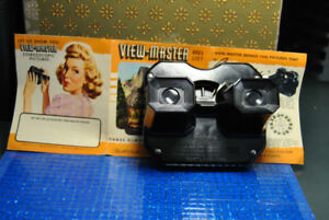 Vintage Sawyers View Master Bakelite Viewer & 52+ Reels