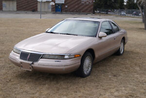 1993 Lincoln Mark VIII Series - Low KM Beauty!