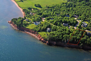 REDUCED !!EXECUTIVE WATERFRONT LOT 5 MINUTES TO CHARLOTTETOWN
