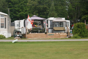REDUCED  PRICE  for MAY   TRAVELAIRE PARK AVENUE 34 foot Trailer