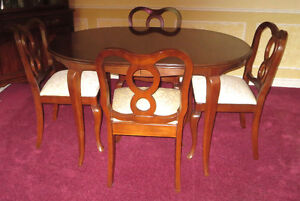 Gibbard Dining Room Suite with 2 Hutches