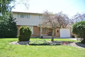 JUST LISTED!! CHARMING 4 BDRM, 3 BATH SOUTH WINDSOR 2 STY!!