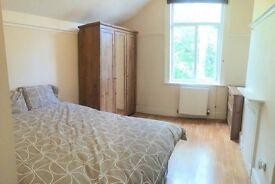 **Beautiful Double Rooms, Acton**