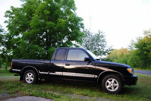 1999 Toyota Tacoma Pickup Truck From Vancouver Island-rust free