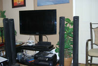 Complete Set : LCD TV, Trolly, DVD player, surround sound System