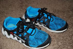 Reebok Sneakers - Size 1 Kitchener / Waterloo Kitchener Area image 2