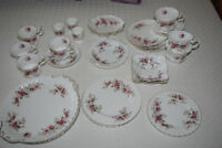 Royal Albert - Lavender Rose Fine English China
